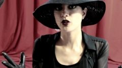 Elegant Gothic Stylish Lady Hat And Ultra Slim Soft Leather Gloves