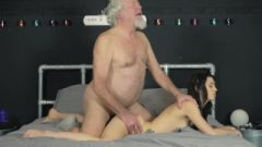 Hardcore Penis Sucking Dick And Twat Nailing For Nubile From Old Guy