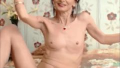 Crazy Slim Vixen Flexes Her Muscles On Web-cam